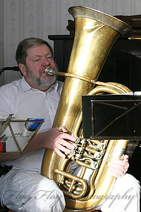 Göran Carenbäck (tuba). Copyright: Henrik Eriksson. The photos may not be used elsewhere without written permission.