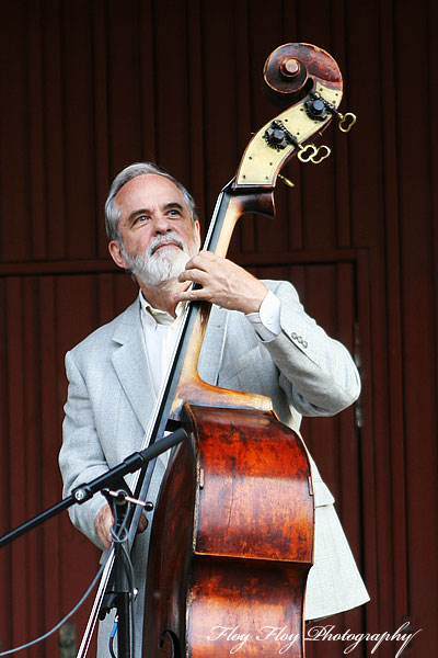 Arne Wilhelmsson (bass). Lars Erstrand Four at Parksnckan. Copyright: Henrik Eriksson. The photo may not be published elsewhere without written permission.